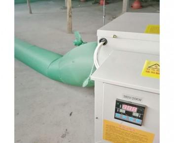 养鸡场使用电暖风机